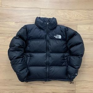 ⚫️The North Face 700 Down Nupste + packable hood